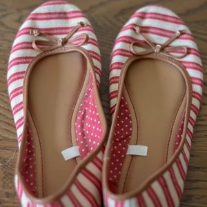 Red and white stripped flat dress shoes